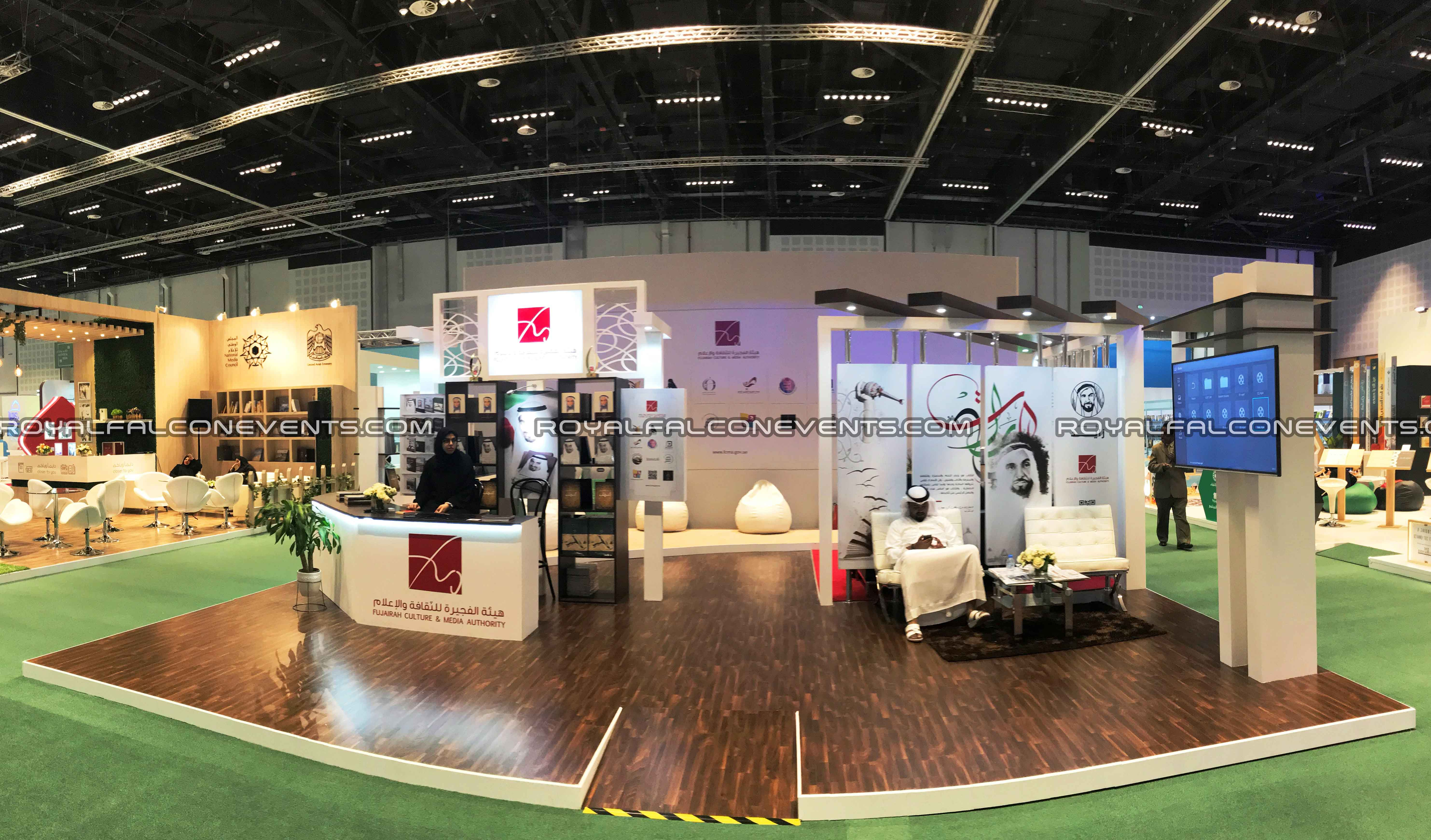 Exhibition Stand Builders In Uae : Exhibition stand builders in dubai royal falcon events